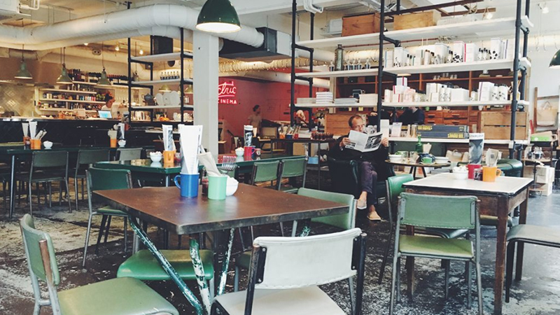 How to Finding a Good Restaurant While Traveling?
